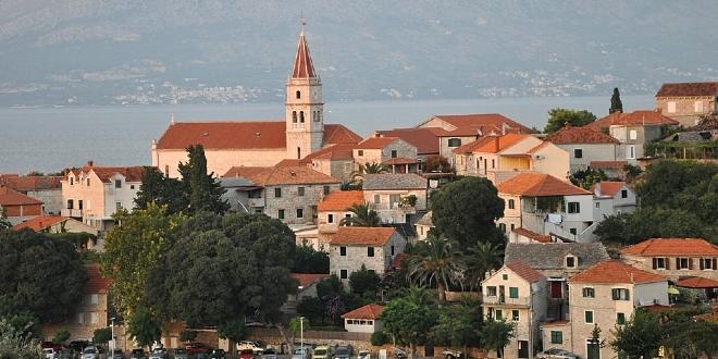 Na mjestu nekadašnje tvornice Sardina u Postirima gradi se hotel s četiri zvjezdice
