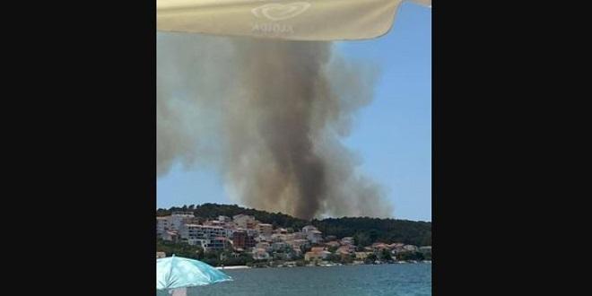 Ogroman požar na Čiovu, sve su snage na terenu