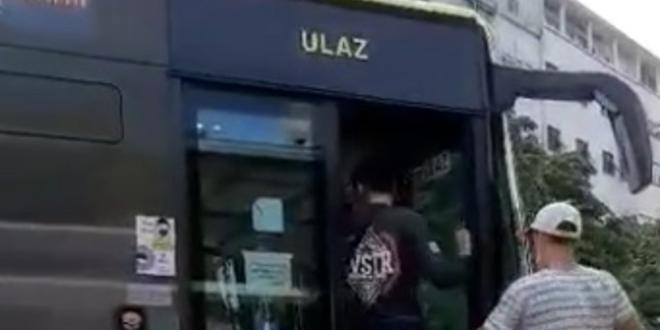 NOVI NAPAD Glumio turista, pa pljunuo i udario vozača Prometa, pogledajte video