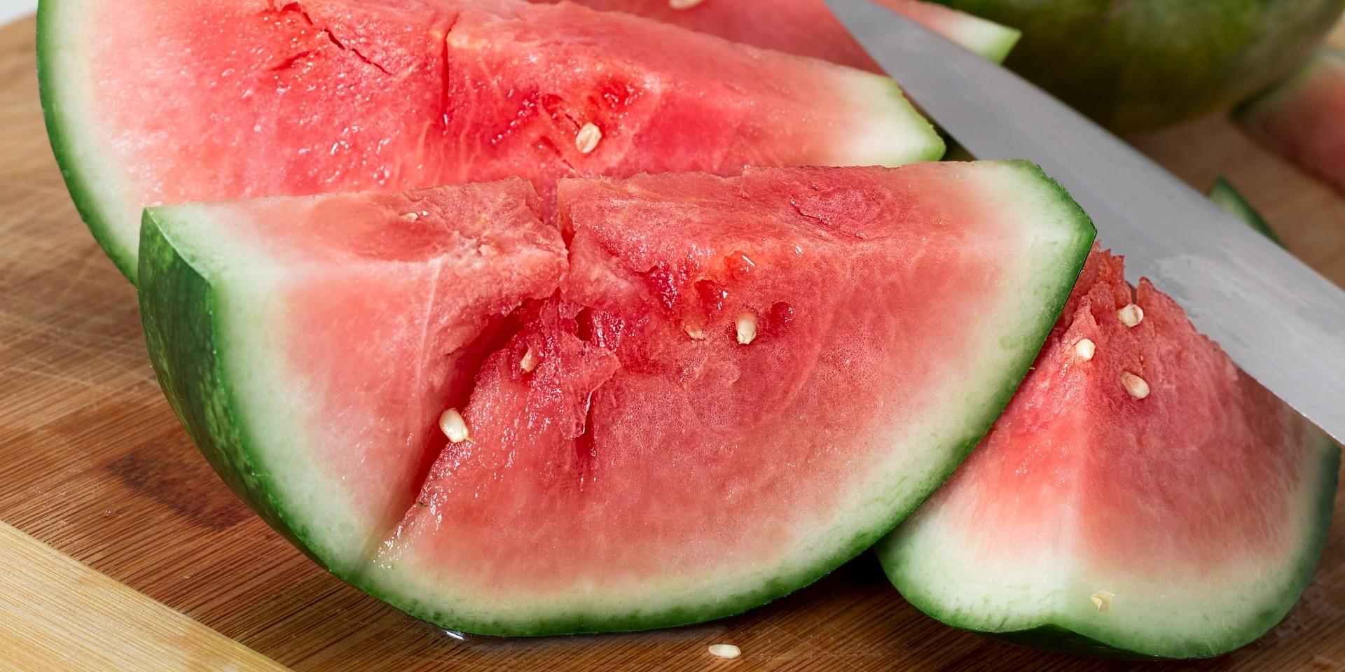 IMA I LOŠIH STRANA Što se događa s tijelom kada jedete lubenicu?