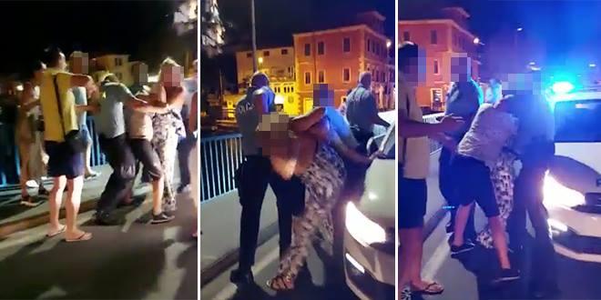DRAMA U OMIŠU Policija intervenirala zbog glazbe u kafiću, pogledajte snimku sukoba na mostu