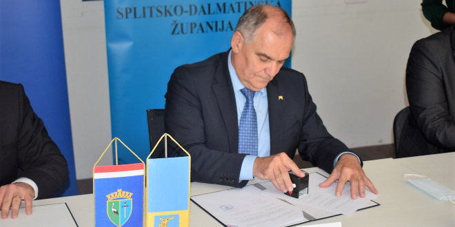 Splitsko-dalmatinska županija donirala tri milijuna kuna za obnovu škole u Gori