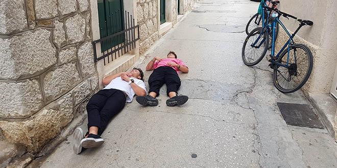 Tko kaže da u Splitu nema slobodnog kreveta?