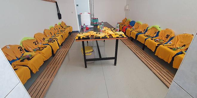 PRIMJER DRUGIMA Pogledajte kako su igrači Solina očistili svlačionicu u Zmijavcima