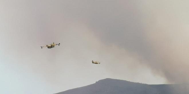ZBOG POŽARA POREMEĆAJ U ZRAČNOM PROMETU Više zrakoplova nije sletjelo u zračnu luku Split
