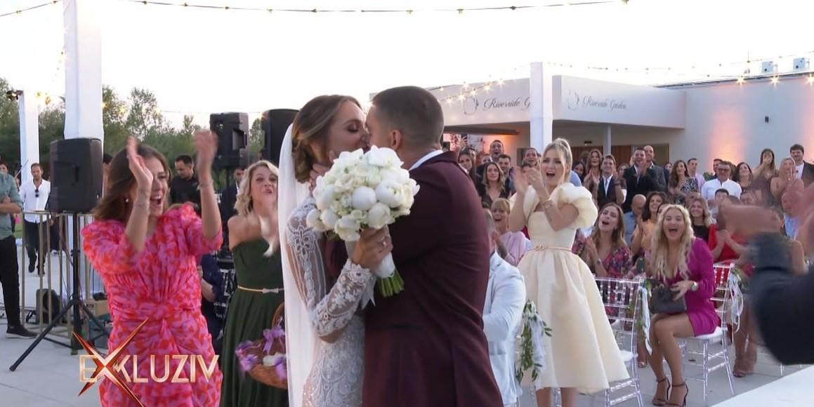 Bivša Miss Universe Hrvatske zablistala u predivnoj vjenčanici od 15 tisuća kuna