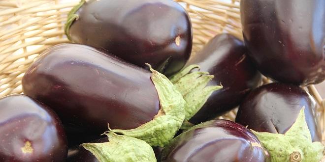 RECEPT Patlidžan s mesom, parmezanom i povrćem
