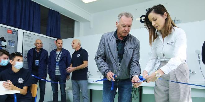 FOTOGALERIJA: U Obrtno-tehničkoj školi Split otvoren najmoderniji kabinet za praktičnu nastavu u regiji