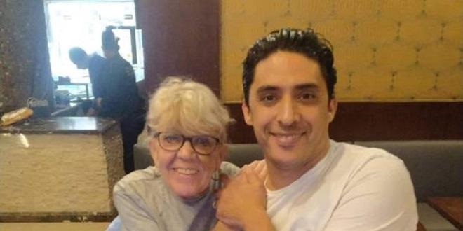 SLAVE GODIŠNJICU BRAKA Iris Jones (82) otkrila najdražu pozu s 46 godina mlađim suprugom